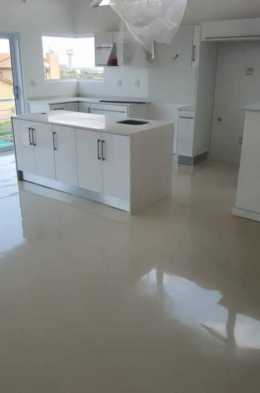 Residential self-levelling epoxy floor in Langebaan